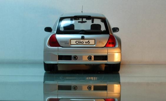 Clio_V6_Back