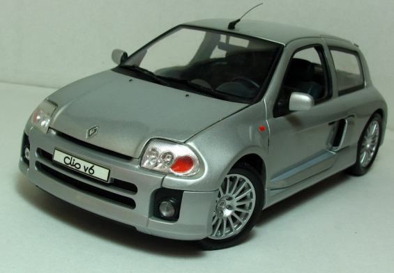 Clio_V6_Front_Side