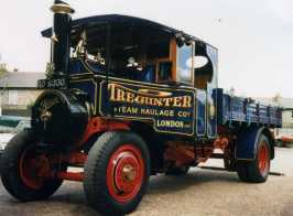 1927_Foden_Steam_Lorry_RO_6330,_Tregunter,_SW10,_Brentford,_Autumn_1987_-_Flickr_-_sludgegulper